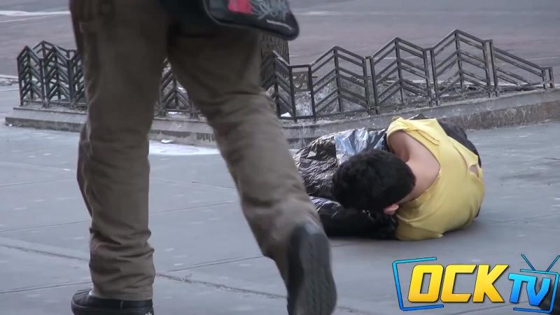 Бездомный ребенок в Нью Йорке Имей сердце, имей душу, и будешь человек во всякое время.