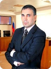 Геннадий Ефремов