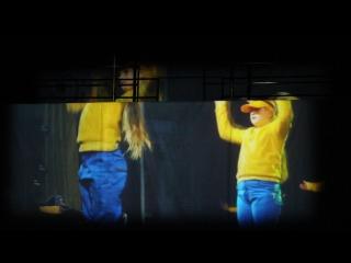 Основной состав танцует  миньонов!!!