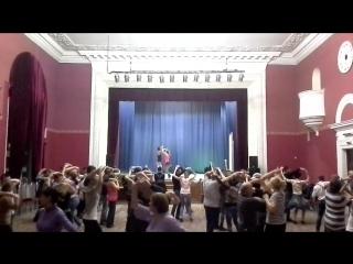 Бесплатный мастер-класс по сальсе на ВДНХ 26.11.2015. Фигуры под музыку