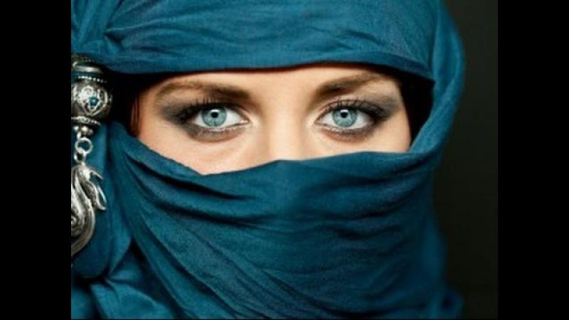 Красивые арабские девушки в хиджабе Beautiful arabian girls in hijab
