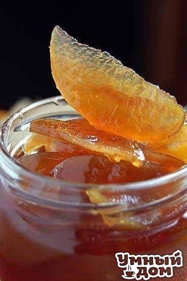 Яблочное варенье, прозрачное и душистое Ингредиенты: ✔ 1 килограмм яблок ✔ 1 килограмм сахара Приготовление: 1. Яблоки отбираем слегка недозрелые плотные, только что снятые с дерева. 2. Если же взять долго лежалые или переспелые, с рыхлой структурой, то через несколько минут кипячения в сиропе они развариваются в пюре. 3. Моем, вырезаем сердцевину. 4. Нарезаем дольками, миллиметров по 5-10 толщиной. 5. Взвешиваем уже нарезанные дольками яблоки, и отмеряем на кило долек кило сахара. 6.…