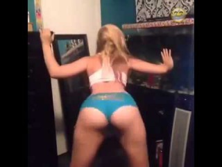 Super Hot Blonde Girl twerking best of the best twerk 2014