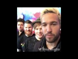 Fall Out Boy sings Ice Ice Baby at the iHeart Radio Music Festival