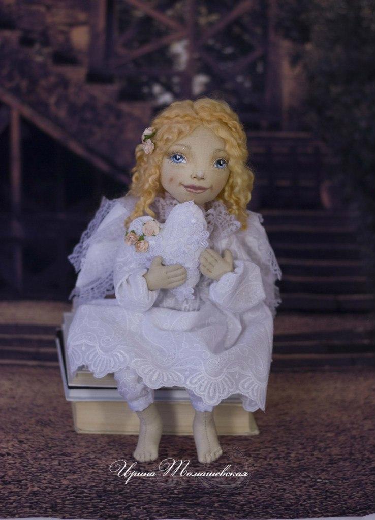 кукла белый ангел