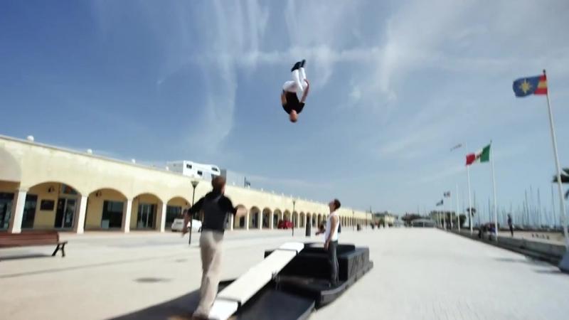 World s Craziest Teeterboard Flips - Streaks Show in 4K!