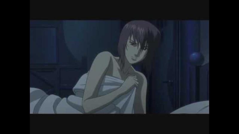 Major Motoko Kusanagi tries to seduce a boy