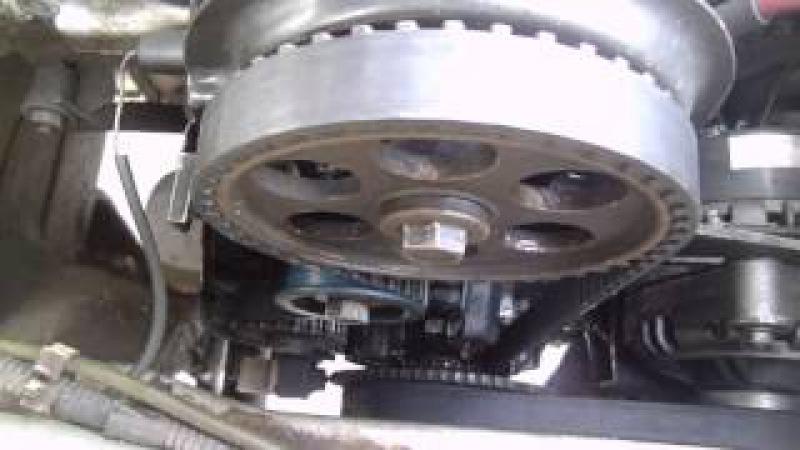 Метки зажигания на инжекторе. Замена ремня ГРМ на 8кл моторе. Зазор между ДПКВ и шкивом зажигания.