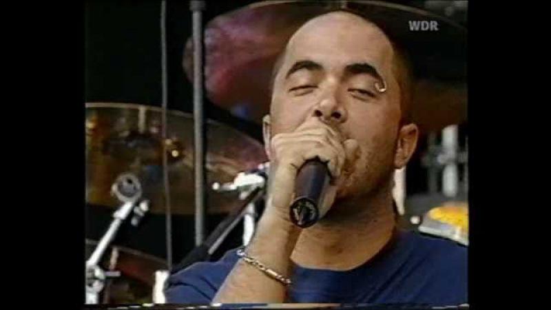 Staind - 06 - Raw [Live @ Bizarre Festival 2001]
