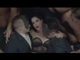 Monarchy feat. Dita Von Teese — «Desintegration»