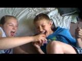 11 летний мальчик Данил Шестаков сосёт соску