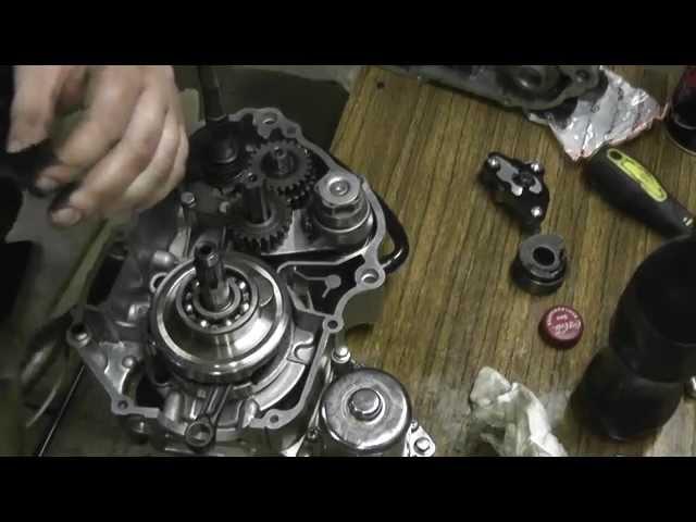 Мопед АльфА сборка двигателя 1часть