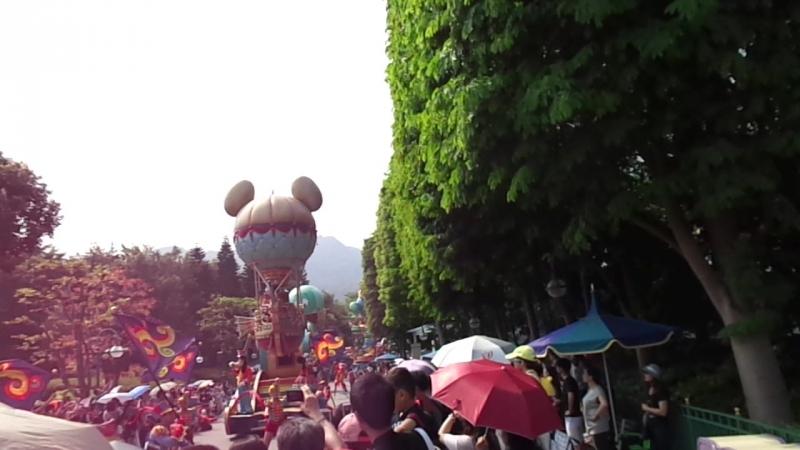 Парад в Диснее