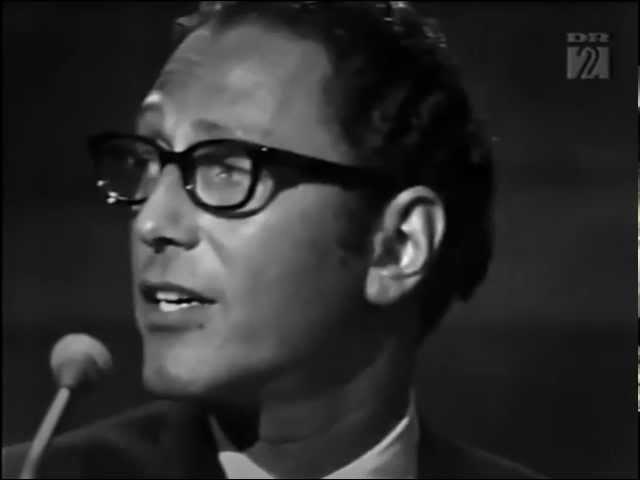 Tom Lehrer - I Hold Your Hand In Mine - LIVE FILM from Copenhagen in 1967