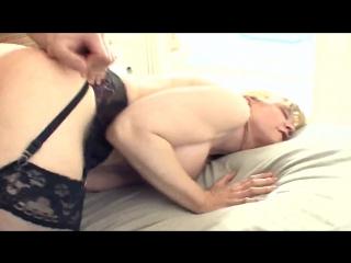 porno-onlayn-s-naturalnimi-siskami