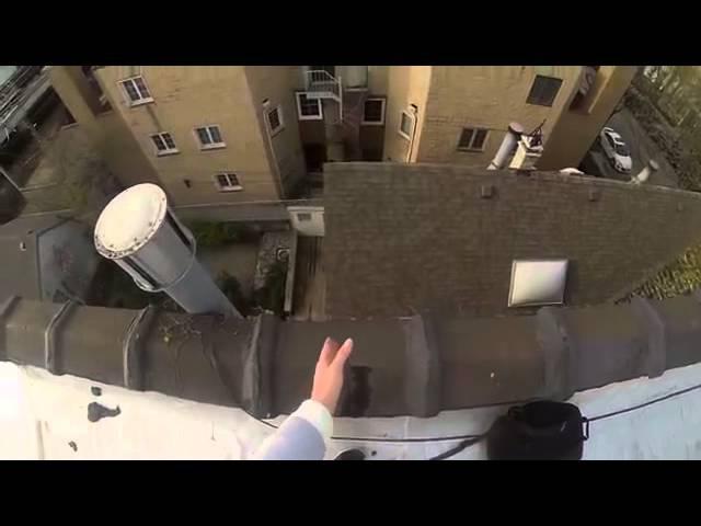 Эпический прыжок с крыши