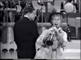 Harpo playing bubbles