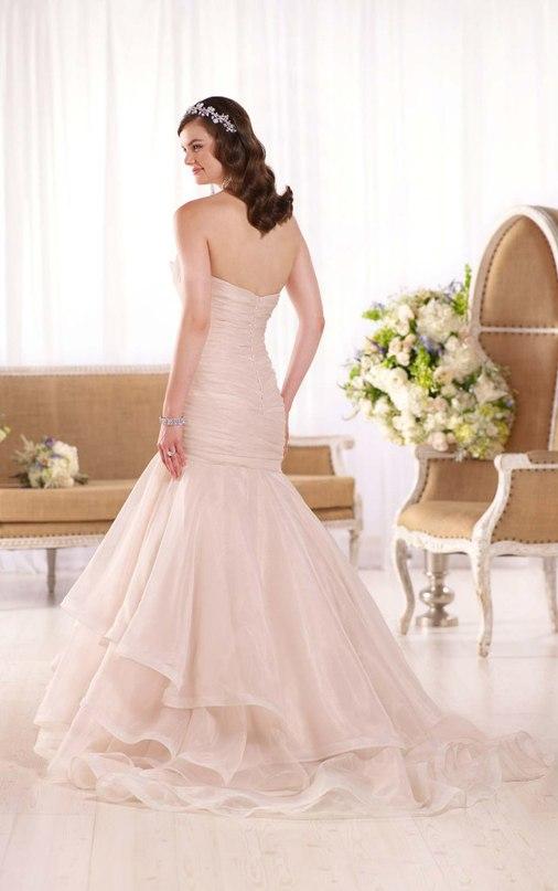 7lPMC lj yE - Свадебное платье: коллекция 2016 Essense