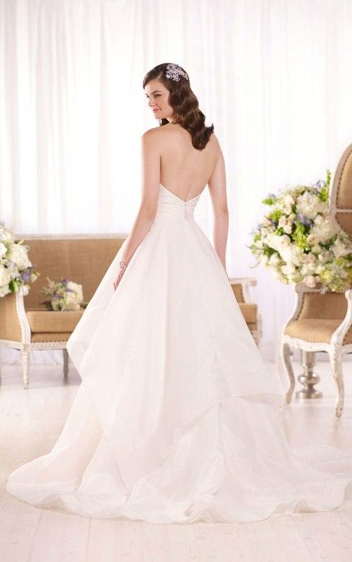 t5VSfeK3UvM - Свадебное платье: коллекция 2016 Essense