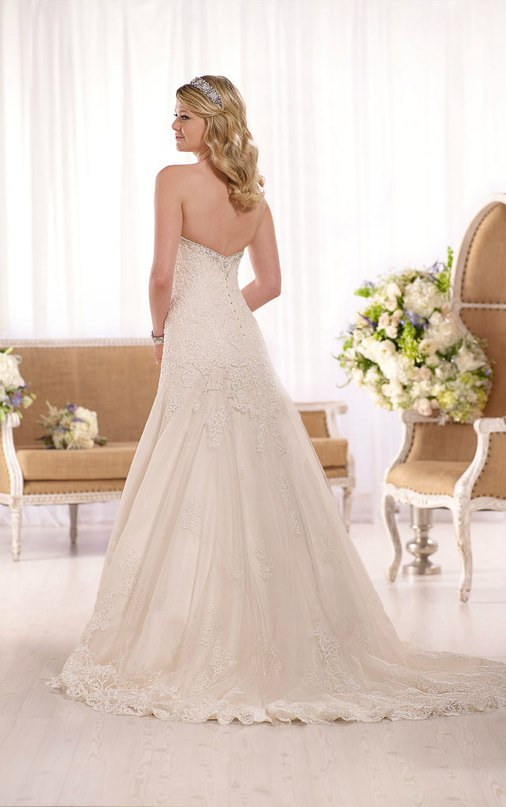 TAbL3a9EE9E - Свадебное платье: коллекция 2016 Essense