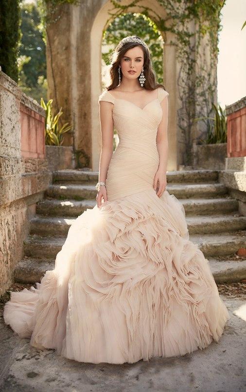 ogV6of1Y1qg - Свадебное платье: коллекция 2016 Essense