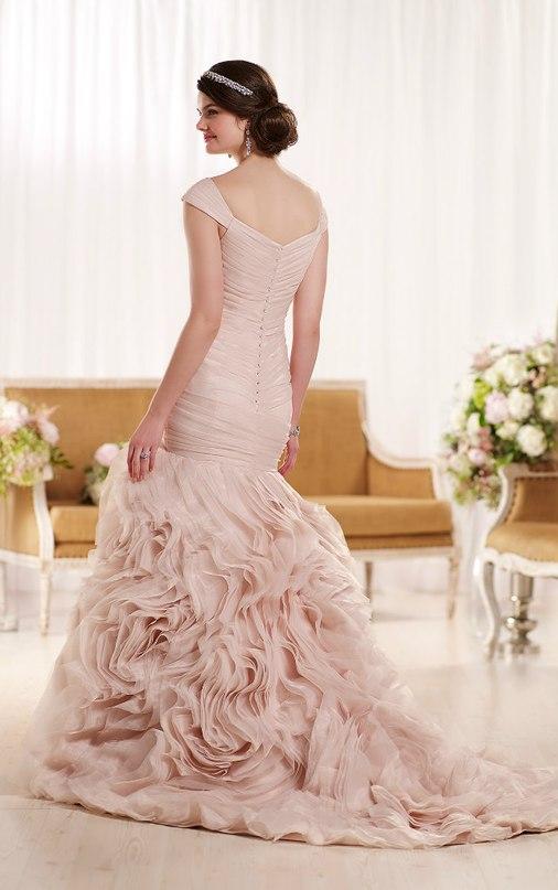 cy9 LPIIJfw - Свадебное платье: коллекция 2016 Essense