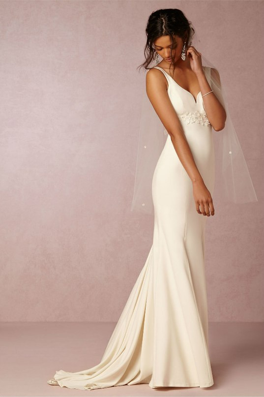 lx1FEKqDHAk - Свадебные платья 2016 от бренда BHLDN