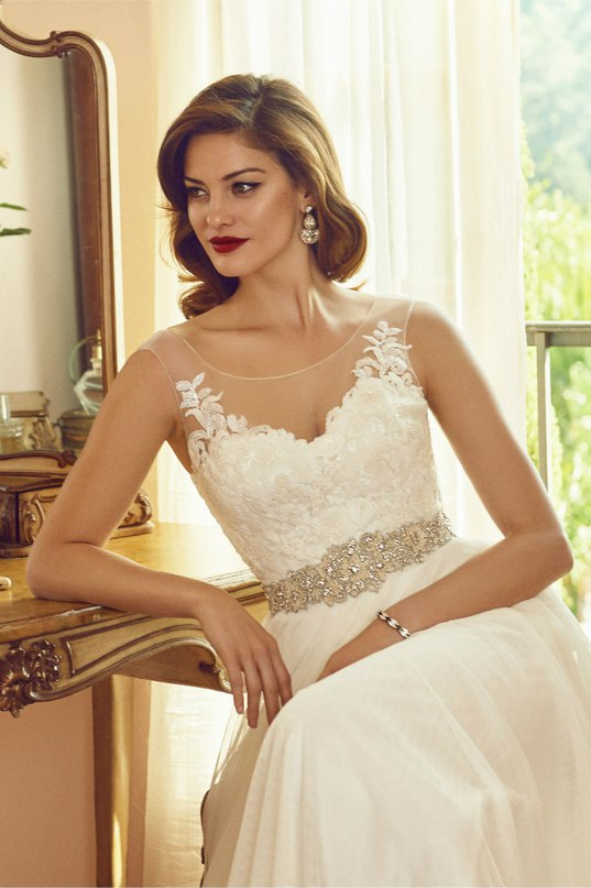 Y6A9Rr2x Yg - Свадебные платья 2016 от бренда BHLDN