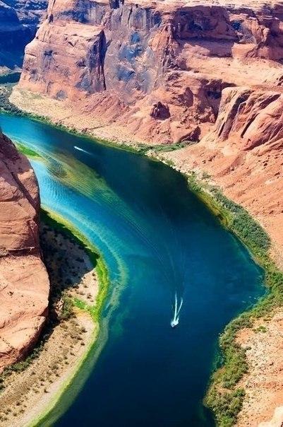 Подкова — название подковообразного меандра реки Колорадо, Аризона, США