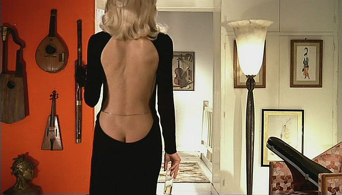 смотреть высокий блондин в черном ботинке онлайн
