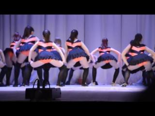 Скандальный тверкинг-танец. Пчелки и Винни пух. Оренбург. Оренбургские школьницы. Школьные танцы