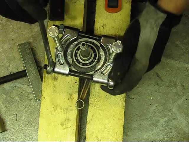 HasSse´s Aerox - Del 6 Demontering vev och lager