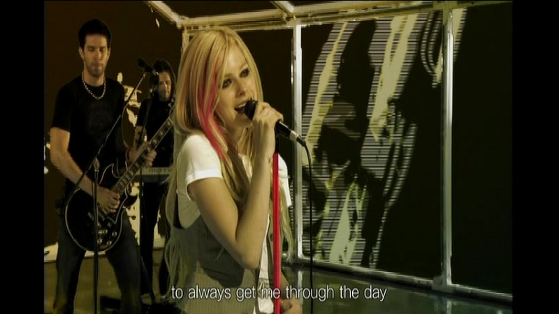 Avril Lavigne - When You're Gone Girlfriend (Live @ Smap Smap Show 29.10.2007)