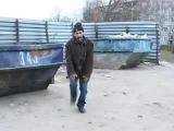 Русский бомж танцует под цыганское песни)