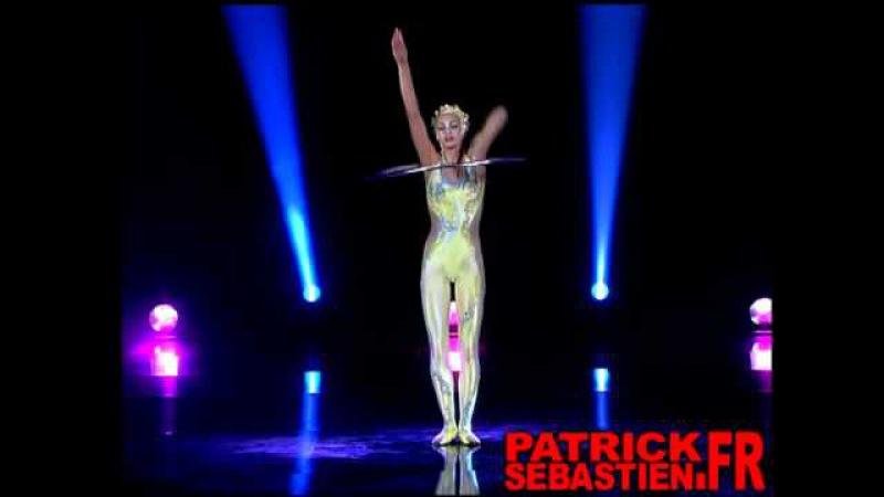 Masha Silaeva - Cirque du Soleil - Hula Hoop - The world greatest Cabaret
