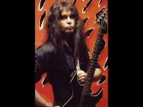 W.A.S.P - Keep Holding On