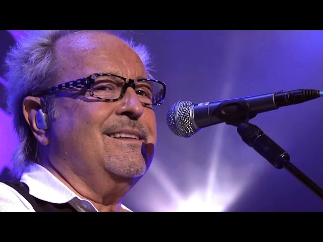 Foreigner I Want To Know What Love Is 2010 Live Video HD