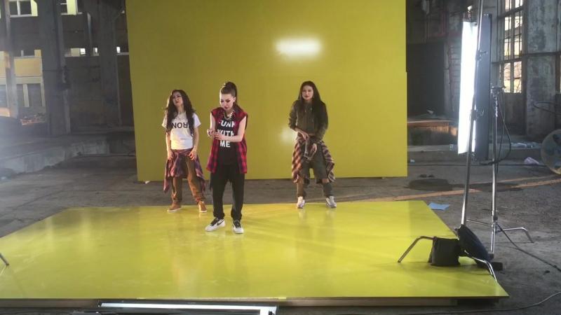 Аюми тобы - Аландама (танец)