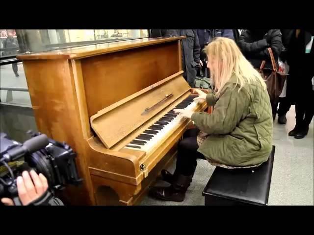 Valentina Lisitsa plays Liszt Totentanz