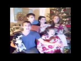 Why I hate taking pictures during the holidays... - Vine by Marcus Johns