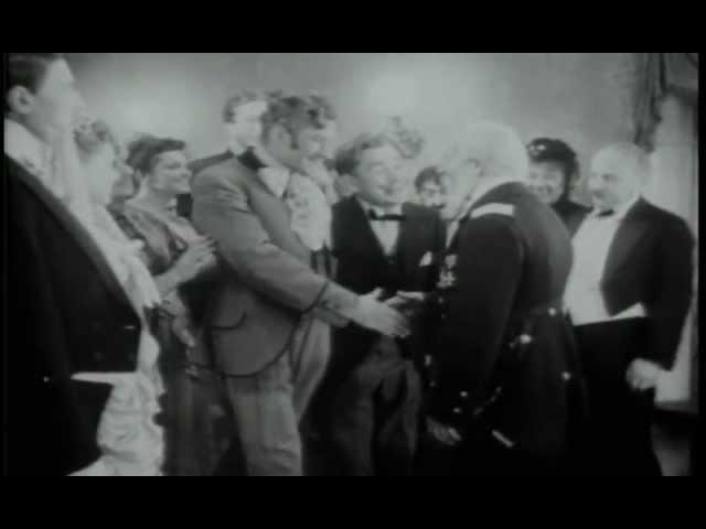 Свадьба. Не генерал, а малина! ...какой-то он завалященький