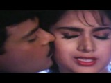 Minakshi Sheshadri - Ek Pappi Dede Mujhe - Aaj Ka Gundaraj - Chiranjeevi