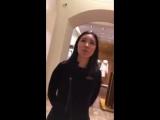 Казашка покупает Louis Vuitton в Москве