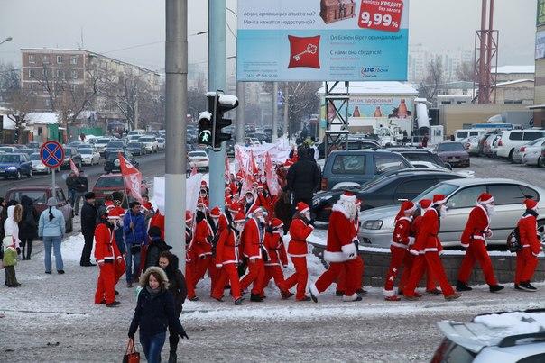 Ежегодный парад Дедов Морозов