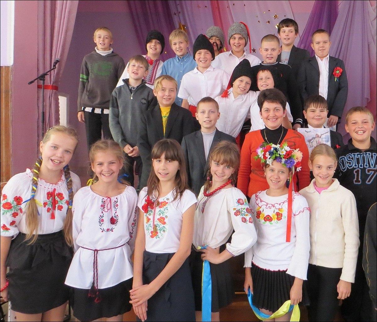 Полтава школа 9 Козацькому роду нема переводу День українського козацтва
