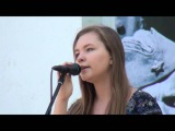 Новая Москва (Ватутинки) Девочка поет очень круто!!! 9 мая День победы