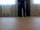 пацан просто жесть!!!!танцует как из фильма каратэ пацан!!!!