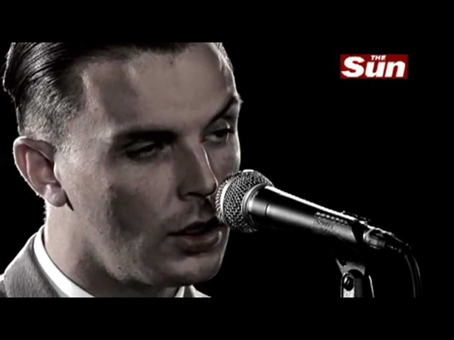 Hurts - Wonderful Life (Live Biz Session The Sun) HD