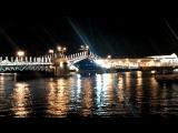 Разведение мостов в Санкт -Петербурге...
