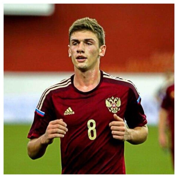Игрок юношеской сборной России Махатадзе попал в символическую сборную Евро U17